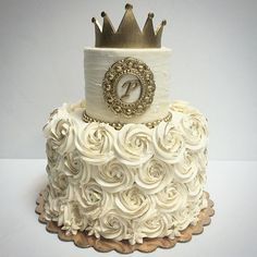 Little Princess Smash Cake Deliciousarts Smashcake Gold Crown Buttercream Losangeles Westla Westpico Bakery