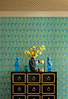 Schumacher Rampura wallpaper and fantastic chinoiserie accents! Home Wallpaper, Fabric Wallpaper, 2015 Wallpaper, Nursery Wallpaper, Bathroom Wallpaper, Blue Wallpapers, Home Decor Inspiration, Design Inspiration, Turquoise Wallpaper