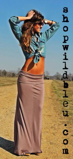 Sandy maxi skirt with jean top... wish she didn't have the top tied though
