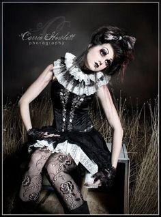 """Gothic Doll"" c. 2010 Carrie Howlett Photography Halloween Costume & Make-up Doll Makeup, Costume Makeup, Costume Dress, Goth Victorien, Dark Circus, Circus Circus, Mode Kawaii, Human Doll, Broken Doll"