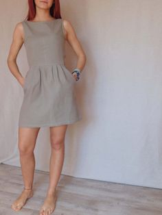 This item is unavailable : Linen short dress / 100 % italian linen / dress with pockets Casual Dresses For Women, Casual Outfits, Short Sleeve Dresses, Dresses For Work, Clothes For Women, Linen Dresses, Cotton Dresses, Linen Shorts, Linen Tunic
