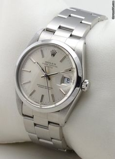 Rolex Oyster Perpetual Date ab € - men's watches - Men's Watch Stylish Watches, Luxury Watches For Men, Cool Watches, Watches Rolex, Rolex Oyster Perpetual Date, Rolex Date, Omega, Hand Watch, Vintage Rolex