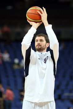Kevin Love Photo - Olympics Day 16 - Basketball