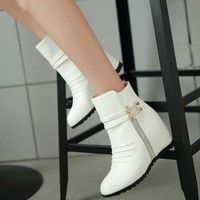 Wish | 2015 new fashion motorcycle martin ankle boots for women,Autumn winter snow boots leather flats shoes