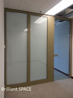Glass System Wall 怡和大廈 (厚框雙層清玻璃屏風-內置百葉 Double Clear Glass Panel with blind) 10