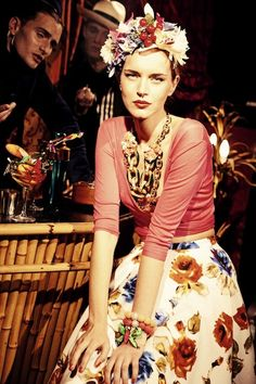 We love the vintage tropical style! Visit us at www.melko.com.au!