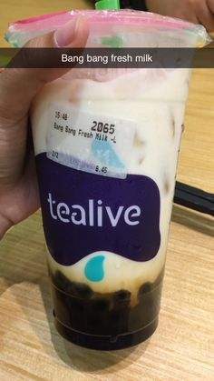 Starbucks Snapchat, Tea Live, Boba Drink, Snap Food, Fresh Milk, Photos Tumblr, Bubble Tea, Filter, Bubbles