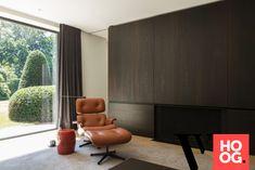 Karaktervolle villa in groene rand rond Antwerpen - Hoog ■ Exclusieve woon- en tuin inspiratie. Wardrobe Cabinets, Luxury Living, Exterior, Curtains, Living Room, Interior Design, Inspiration, Furniture, Home Decor