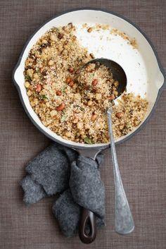 Sabudana -- savory tapioca with peanuts, coconut, chillies, cauliflower and green peas, via Pure Vege