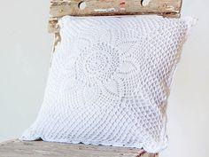 almofada-de-croche-branca-5