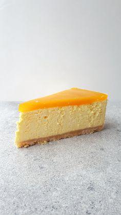 Minion, Cheesecake, Food, Cheesecakes, Essen, Minions, Meals, Yemek, Cherry Cheesecake Shooters