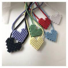 Beaded Purses, Beaded Bags, Beaded Jewelry Patterns, Beading Patterns, Ideias Diy, Handbag Patterns, Diy Crafts Jewelry, Beading Tutorials, Bead Art