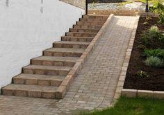 Hillside Garden, Terrace Garden, Back Gardens, Outdoor Gardens, Ramp Stairs, Ramp Design, Stair Railing Design, Brick Path, Garden Steps