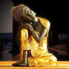 Vintage Chinese Buddha Miniature