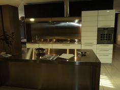 descrizione: cucina lineare con gola alluminio modello filo escape ... - Cucine Schiffini Prezzi
