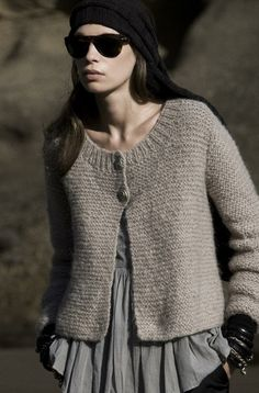 Simple cardigan, but it's the way she wears it that makes it so much more. knitting-crochet