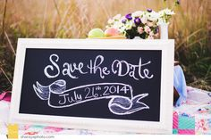 Engagement Photos, Picnic Engagement, Save the Date Sign