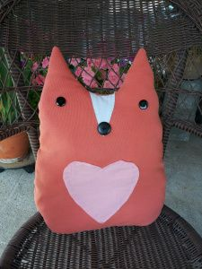 Cute fox pillow DIY