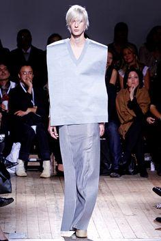 Maison Margiela - Spring 2011 Ready-to-Wear - Look 18 of 34