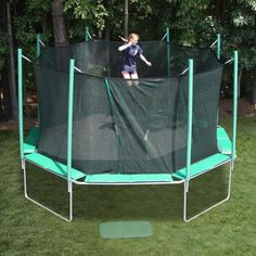 16' Magic Circle Octagon Trampoline with Enclosure. $1394 Shop now at yardkid.com. FREE Shipping! #trampoline