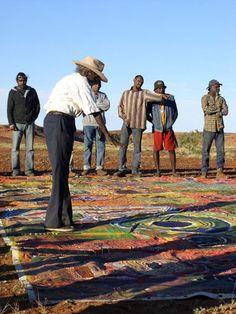 Ngurrara=Home - Nyirlpirr Spider Snell explaining the Ngurrara Canvas, Ngurrara Artists Group Aboriginal Painting, Aboriginal Artists, Aboriginal People, Aboriginal History, Aboriginal Culture, Sand Drawing, Maori Art, Colorful Paintings, Global Art