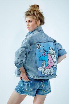 "Denim jacket ""Unicorn""of gentle blue color. 100% COTTON. Hand painted.Woven label in organic cotton. NOT VINTAGE JACKET!"