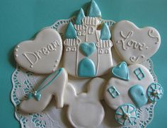 cinderella cookies. so very cute, and yummy!