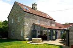 Need to add space to your cottage? Be inspired by these 10 cottage extensions, lending contemporary style to characterful properties Extension Designs, Glass Extension, House Extension Design, Rear Extension, Extension Ideas, Extension Google, Porch Extension, House Design, Chalet Extension
