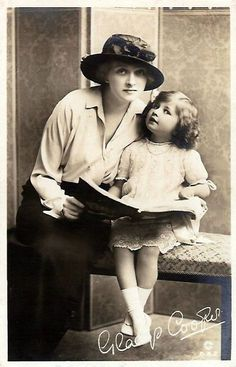 Gladys Cooper and daughter Joan