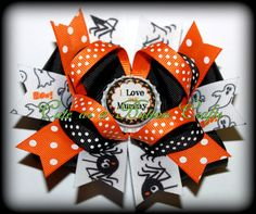 Beautiful Mix and match Halloween hair bow I love my Mummy Halloween Hair Bows, Pink Hair Bows, Boutique Hair Bows, Cheer Bows, Ribbon Crafts, Hair Clips, Headbands, Gift Wrapping, Hairbows