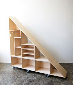 perfect under-stair moveable storage shelves - WAKA WAKA (Step Interior Stairways) Handmade Furniture, Diy Furniture, Automotive Furniture, Automotive Decor, Plywood Furniture, Kitchen Furniture, Vintage Furniture, Furniture Design, Staircase Storage