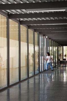 Escola Secundária Vergílio Ferreira arquitectura - Pesquisa Google