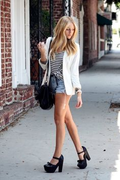 love this look with the shorts and heels with the blazer