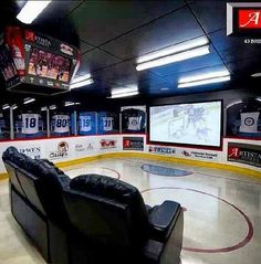 Ice hockey (it's supposed to say man cave--but) living room for my future house! Hockey Man Cave, Hockey Room, Sports Man Cave, Hockey Baby, Home Theater, Theatre, Theater Rooms, Ideas Mancave, Man Cave Basement
