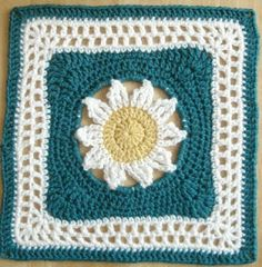 "MoCrochet: Blooming Lace - 12"" Square"