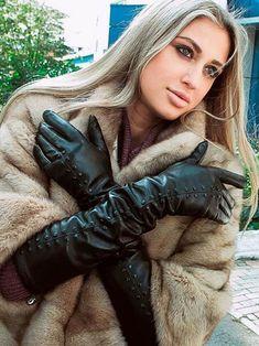 Black Leather Gloves, Leather Accessories, Elegant Gloves, Gloves Fashion, Long Gloves, Women's Gloves, Mitten Gloves, Leather Fashion, Fur Fashion