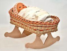 pedigová kolíska pre bábiku