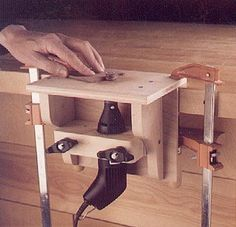 Make a mini router table for your high-speed rotary tool. Make a mini router table for your high-speed rotary tool. Woodworking Jigs, Woodworking Projects, Woodworking Articles, Woodworking Inspiration, Woodworking Equipment, Popular Woodworking, Milling Table, Workshop Plans, Dremel Tool