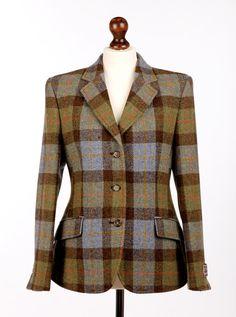 Traditional Ladies Harris Tweed Hacking Jacket from the Harris Tweed Shop Tweed Run, Tweed Coat, Miss Marple, Cool Jackets, Jackets For Women, Clothes For Women, Fix Clothing, Tweed Clothing, Tweed Outfit