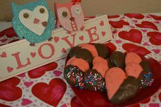 Black and Pink Cookies!