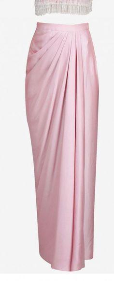 ideas for skirt long pink outfit – Hijab Fashion 2020 Kebaya Hijab, Kebaya Dress, Dress Pesta, Kebaya Muslim, Batik Kebaya, Kebaya Brokat, Kebaya Pink, Muslim Fashion, Hijab Fashion
