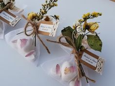 Looking for something unique and different for your wedding? These oatmeal and shea butter soaps are perfect for your special day Soap Wedding Favors, Rustic Wedding Favors, Soap Gifts, Shea Butter Soap, Handmade Items, Handmade Gifts, Soap Making, Soaps, Special Day