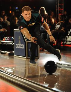 Blake Griffin bowling  (Thing is, big men can't bowl.  I'm so sure I could take him w/my 150 average.  But he looks good, don't he tho?)
