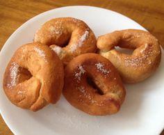 Recipe of sweet homemade donuts - Recipes Cook Donut Recipes, Cooking Recipes, Homemade Donuts, Homemade Recipe, Sweets Cake, Mini Cheesecakes, Le Chef, Empanadas, Churros