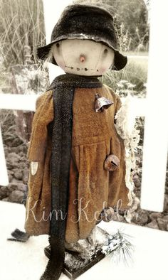 Veenas Mercantile Primitive Artist Doll by Kim Kohler Primitive Snowmen, Primitive Folk Art, Primitive Crafts, Wooden Snowmen, Wood Crafts, Primitive Stitchery, Christmas Snowman, Winter Christmas, Country Christmas