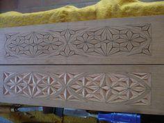 Moldura em cedro 124 x 79 cm