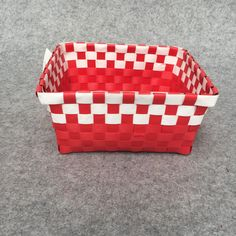 2018 Red And White Checker Pattern, Desktop Basket Storage Box, Basket Sorting Manual Hand Made Small Basket Basket, Can Be Used For Fruit On The From Shnaia111, $20.11 | DHgate.Com Checker Pattern, Basket Storage, Sorting, Manual, Red And White, Desktop, Fruit, Box, Handmade