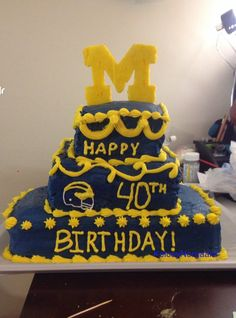 Michigan Wolverines cake- kelcey norgaard