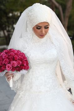 Get the Ideas of 2019 Latest Designs of Muslim Bridal Wedding Dresses in sleeves and hijab. These photos of Islamic wedding dresses for brides are fabulous. Muslim Wedding Gown, Wedding Hijab Styles, Muslimah Wedding, Muslim Wedding Dresses, Muslim Brides, Wedding Dresses For Girls, Bridal Wedding Dresses, Muslim Girls, Wedding Veils