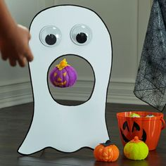Kids' Halloween Ghost Game
